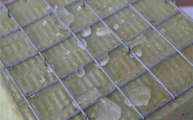 外墙插丝岩棉板图片